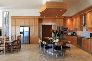 African Oceans Villa kitchen