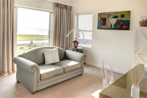 African_Oceans_Villa_Mossel_Bay_Accommodation_Suite_8_living_room