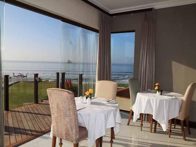 african-oceans-manor-on-the-beach-lobby-dining-640x480