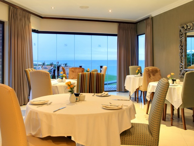 mossel-bay-5-star-accommodation-african-oceans dining