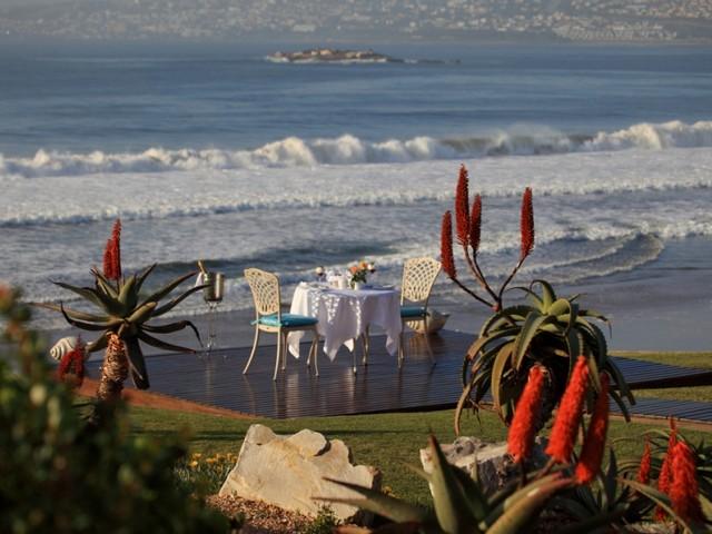 mossel-bay-5-star-accommodation-african-oceans-sundowners