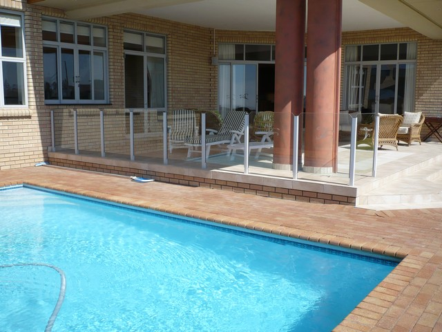 African_Oceans_Manor_on_the_Beach_Villa-Swimming-Pool-View