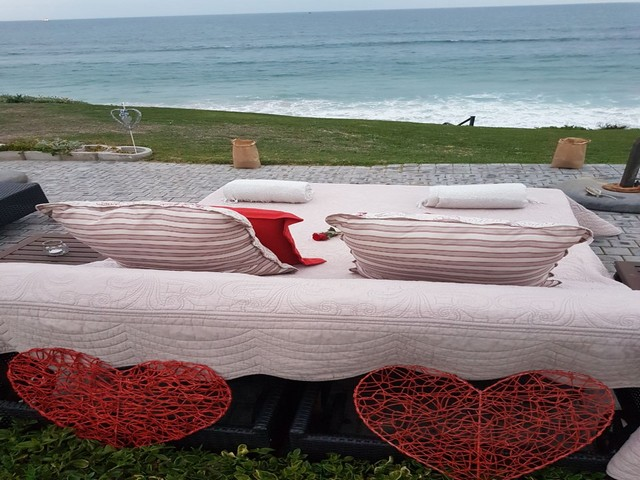 African_Oceans_Manor_on_the_Beach_Mossel_Bay_Romantic_Picnic_Setup3